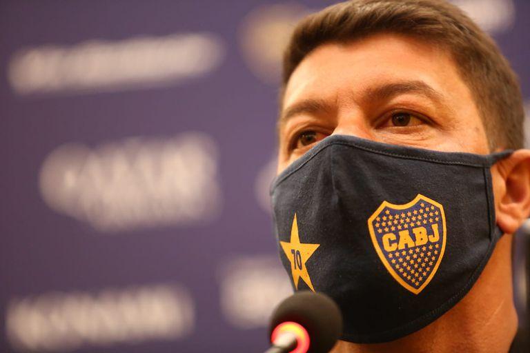 Sebastián Battaglia asume como entrenador de la primera división de Boca Juniors; el entrenador viene de ser subcampeón al mando de la reserva.