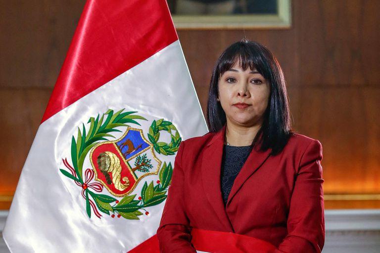 Pedro Castillo le tomó juramento a la nueva ministra, Mirtha Vásquez