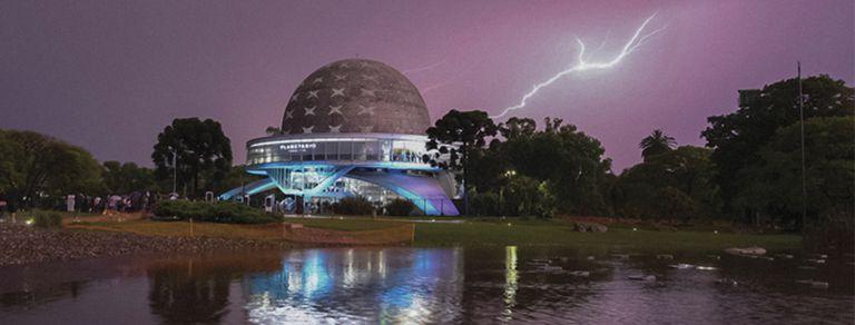 Planetario. La historia de un edificio que deslumbró a Bradbury