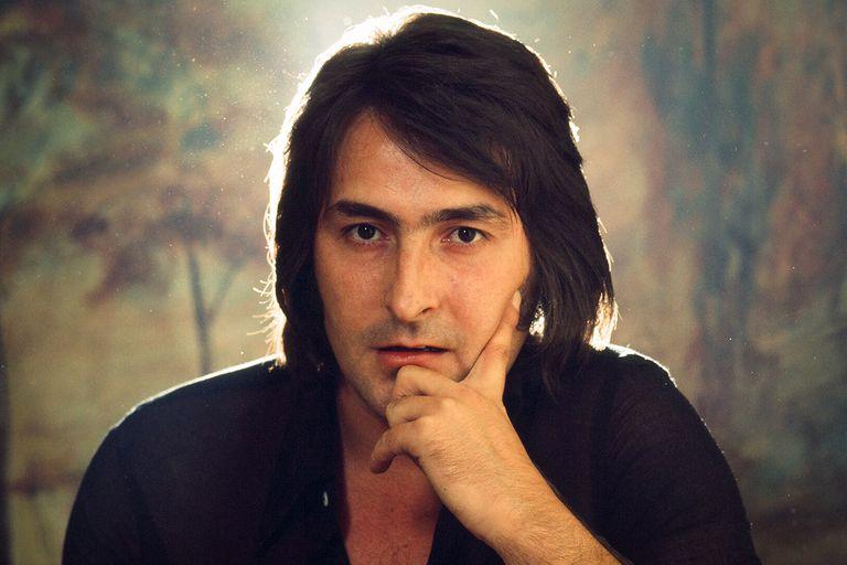 """""""Libre"""", """"Un beso y una flor"""" y """"Te quiero, te quiero"""" son algunos de los grandes hits de Nino Bravo"""