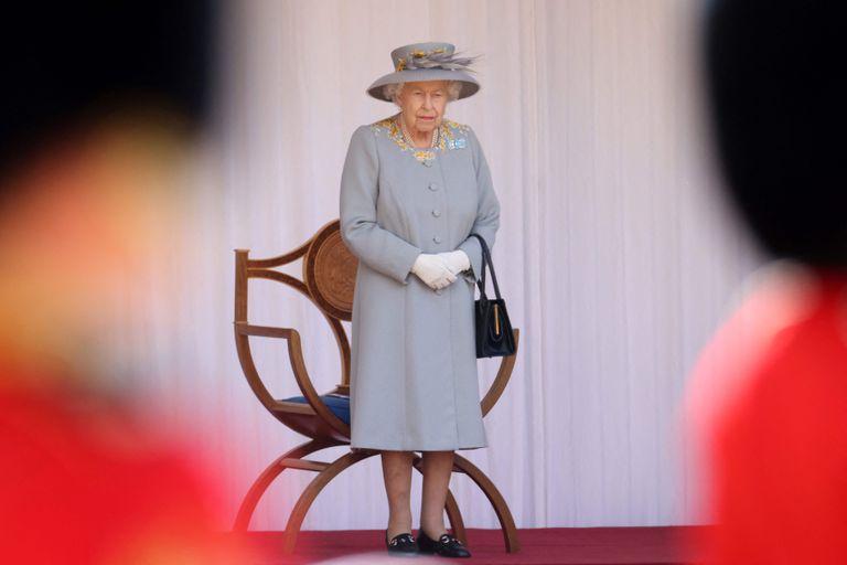 La reina Isabel II de Gran Bretaña no estaría de acuerdo con la serie de cambios que planea hacer su hijo Carlos una vez que llegue al trono