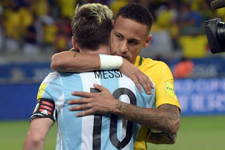 """Juninho: """"Neymar fue a PSG solo por dinero, la cultura brasileña es así"""""""