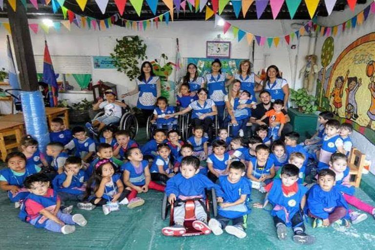 Al jardín asisten niños y niñas con espina bífida, autismo, parálisis cerebral y electros dependientes.