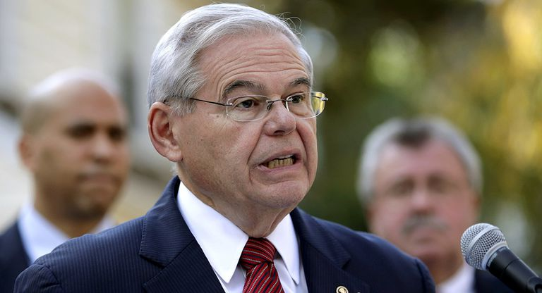 El senador demócrata Bob Menendez, uno de los más acérrimos enemigos del régimen cubano