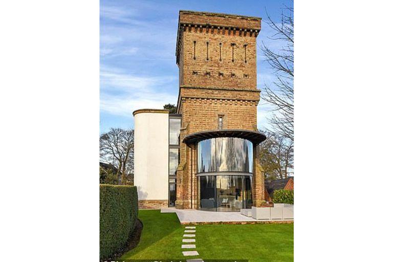 La transformación de la antigua torre de agua en un increíble hogar de lujo.