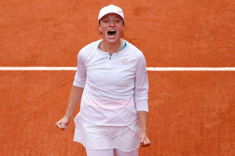 """Swiatek. """"Juega como un hombre"""", la opinión del tenista más célebre de Polonia"""