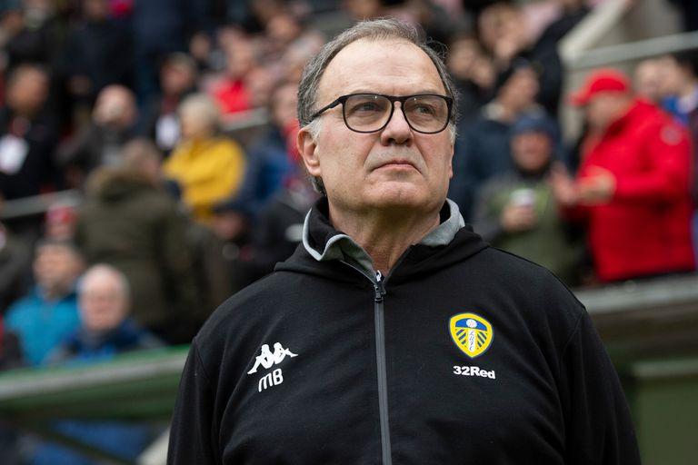 Bielsa revolucionó Leeds desde que llegó al Championship, la segunda división del fútbol inglés