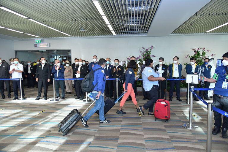 Llegan a Phuket los primeros turistas extranjeros