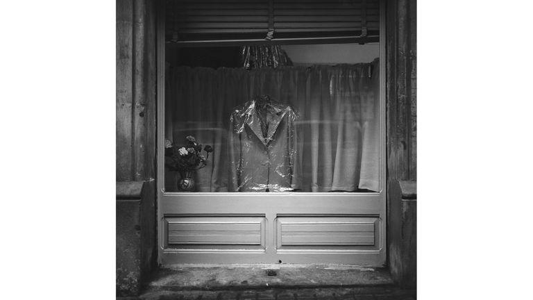Humberto Rivas, Paisajes, Sin título, 1979, Gelatina de plata sobre papel baritado, 25,7 x 25,7 cm, copia de época, pieza única. Rolf Art. Sector Principal