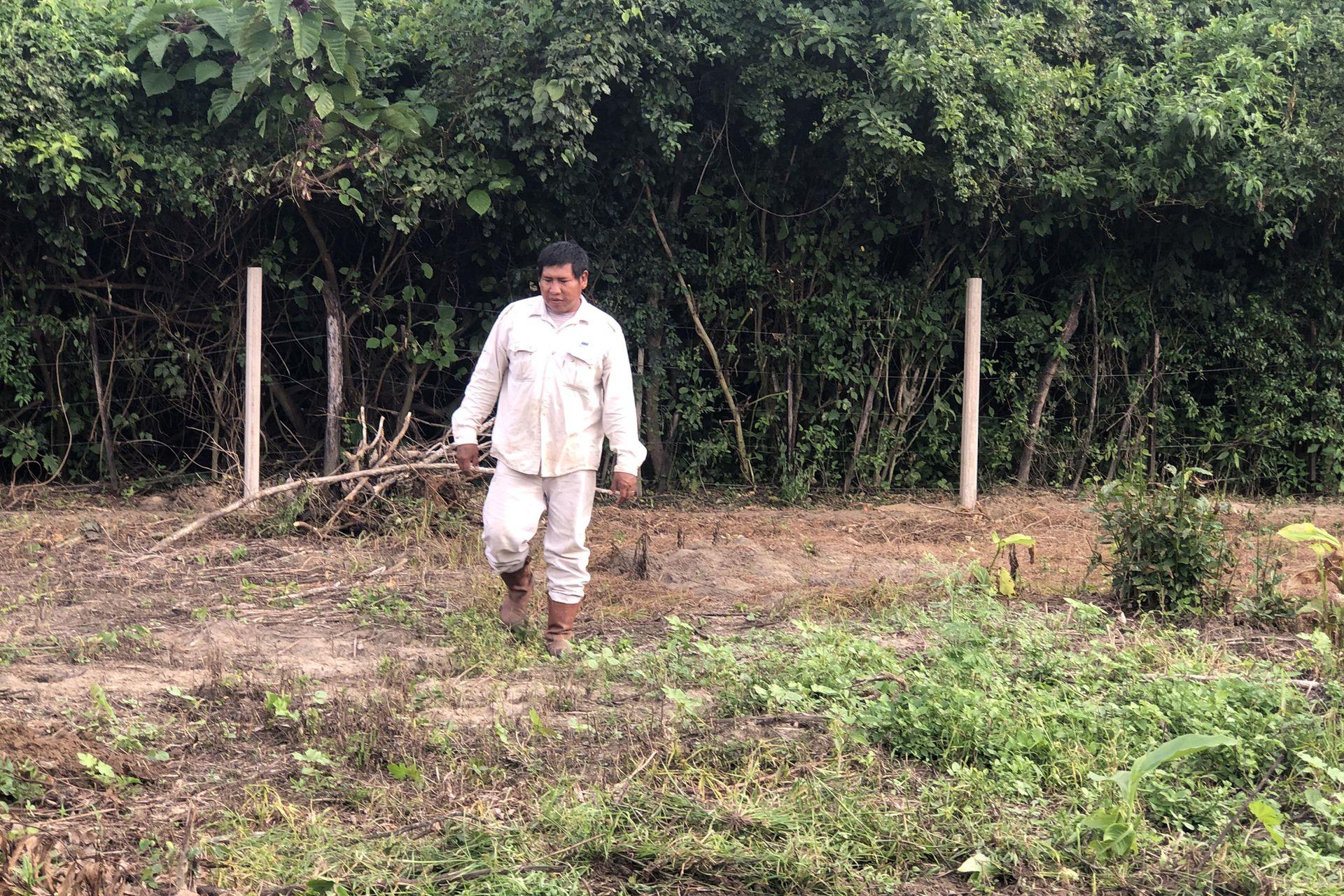 Carlos Rivero, el papá de Nehuel, suele irse durante varios meses a trabajar en la cosecha de manzana o de limón