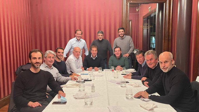 Rodríguez Larreta se reunió con Santilli e intendentes bonaerenses