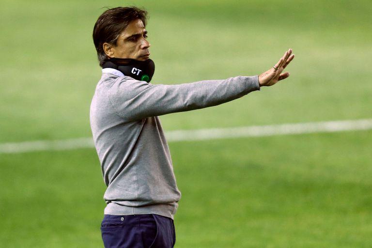 Javier Sanguinetti extendió su contrato como DT de Banfield hasta fines de 2022