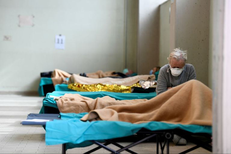 Un hospital en Brescia, con pacientes con coronavirus; Italia, una de las naciones más afectadas