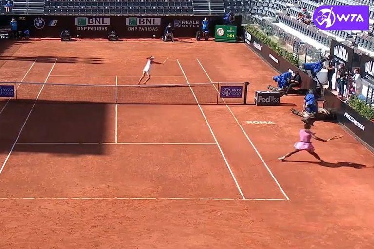 Dos voleas. El punto que cambió el rumbo en el triunfo de Podoroska ante Serena