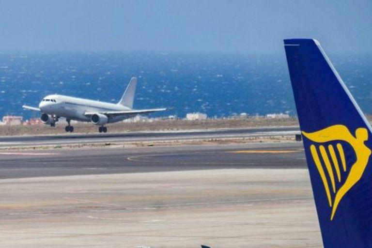 Los políticos de las islas Canarias, en España, acusan a las aerolíneas de usar la geolocalización para ofrecer vuelos más caros a los residentes. Las compañías aéreas lo niegan