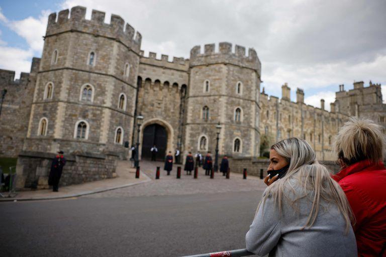 """Príncipe Felipe: cómo se prepara en Gran Bretaña un funeral de """"precisión militar"""""""