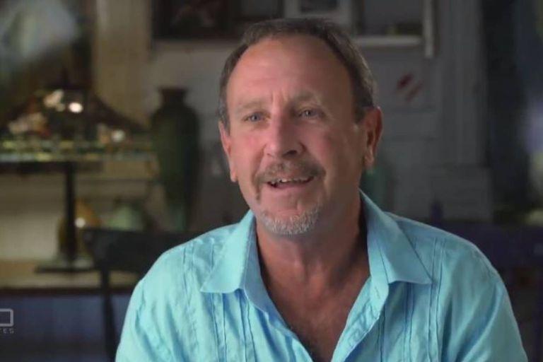 Michael Packard narró a un programa australiano cómo sobrevivió a ser atrapado por la boca de una ballena, aunque confesó también que pensó que iba a morir