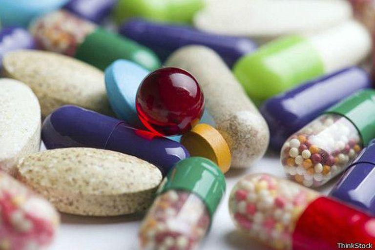 Algunos nootrópicos son fármacos usados para tratar a personas de edad avanzada que padecen enfermedades como la demencia o el Alzheimer