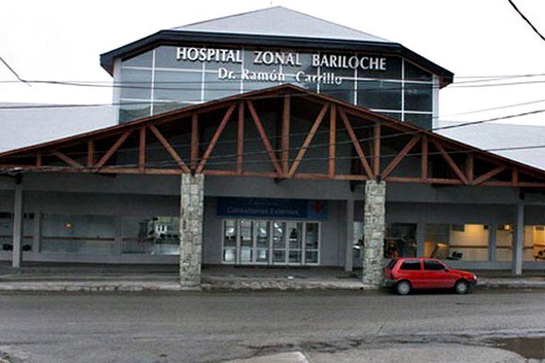 Bariloche: Terapias llenas y pacientes intubados en los pasillos de las guardias