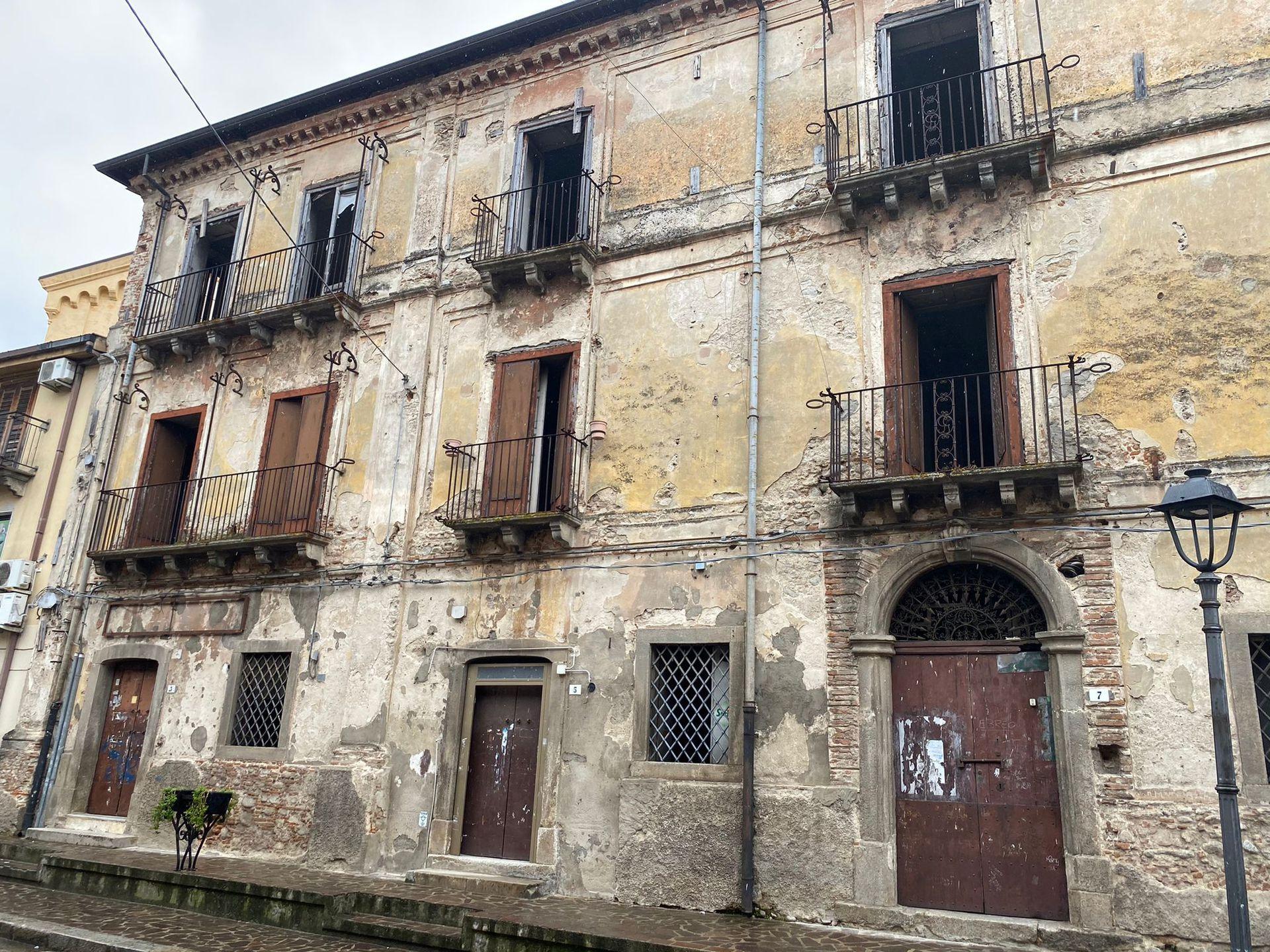 En muchos casos, es requisito preservar la fachada de la vivienda