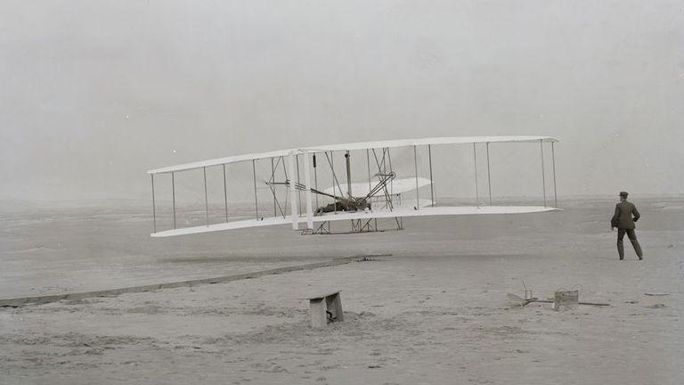 El primer vuelo de los hermanos Wright recorrió menos distancia que la envergadura de un Boeing 747
