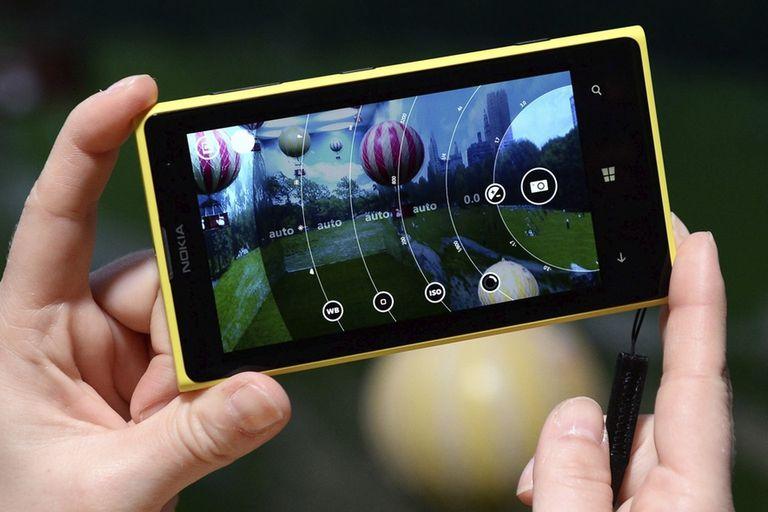 Los controles manuales de la cámara en un Nokia Lumia 1020