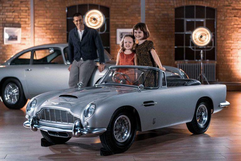 El Aston Martin DB5 de James Bond ahora tiene una versión infantil