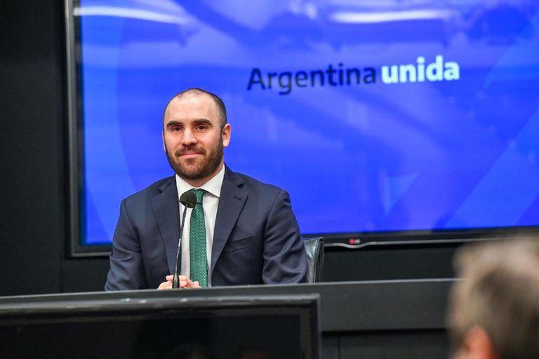 Guzmán se comprometió a tener un acuerdo con el FMI antes del 31 de marzo