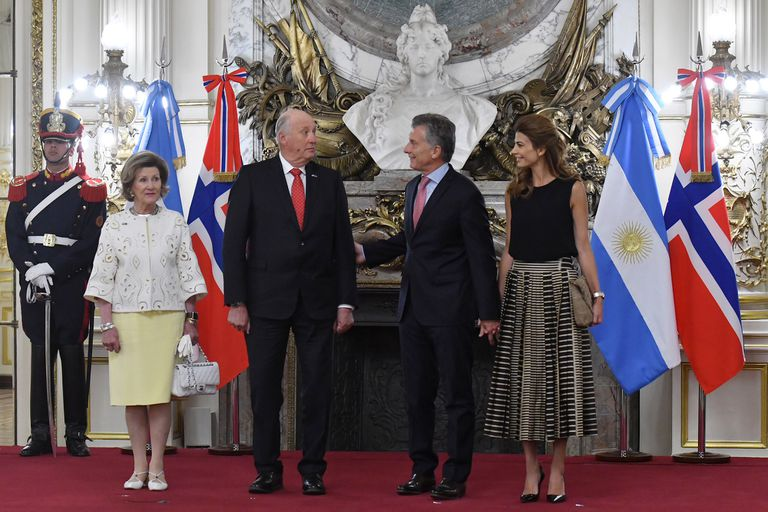 Mauricio Macri y Juliana Awada reciben hoy a los reyes de Noruega