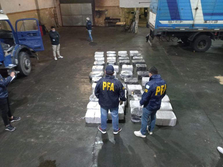 La Policía Federal secuestró 1120 kilos de marihuana en un galpón del barrio porteño de Barracas