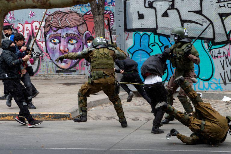 Disturbios en una marcha en favor del pueblo mapuche en Santiago