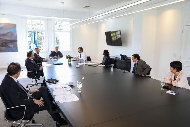 Alberto Fernández y su gabinete económico, en una reunión en 2020