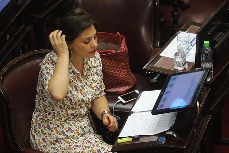 Senadora Lucila Crexell