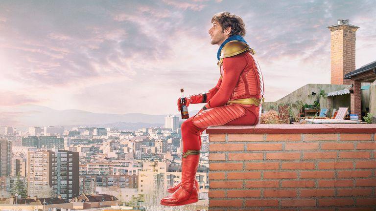 El vecino, una lograda comedia de super héroes hecha en España
