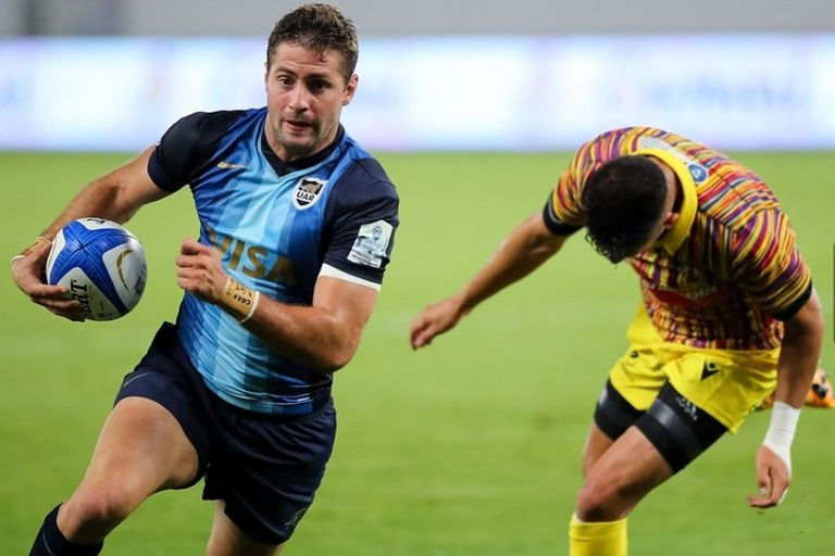 El mendocino Juan Martín González tuvo un estreno inolvidable en los Pumas: hizo el try decisivo para la victoria a tres minutos del final, frente a Rumania; la gira europea empezó en Bucarest con un 24-17.