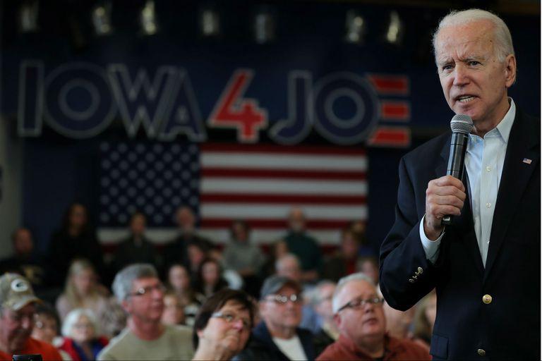 """""""Cada cuatro años, la democracia empieza en Iowa"""", resumió Joe Biden"""