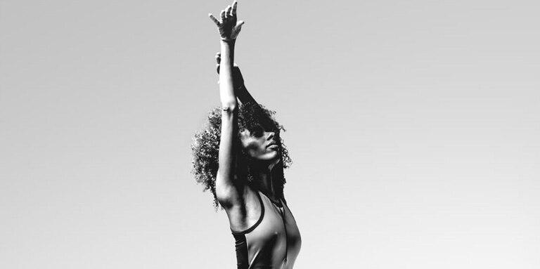 """""""Blanquear mi piel era como renunciar a mi identidad"""", comenta la bailarina"""