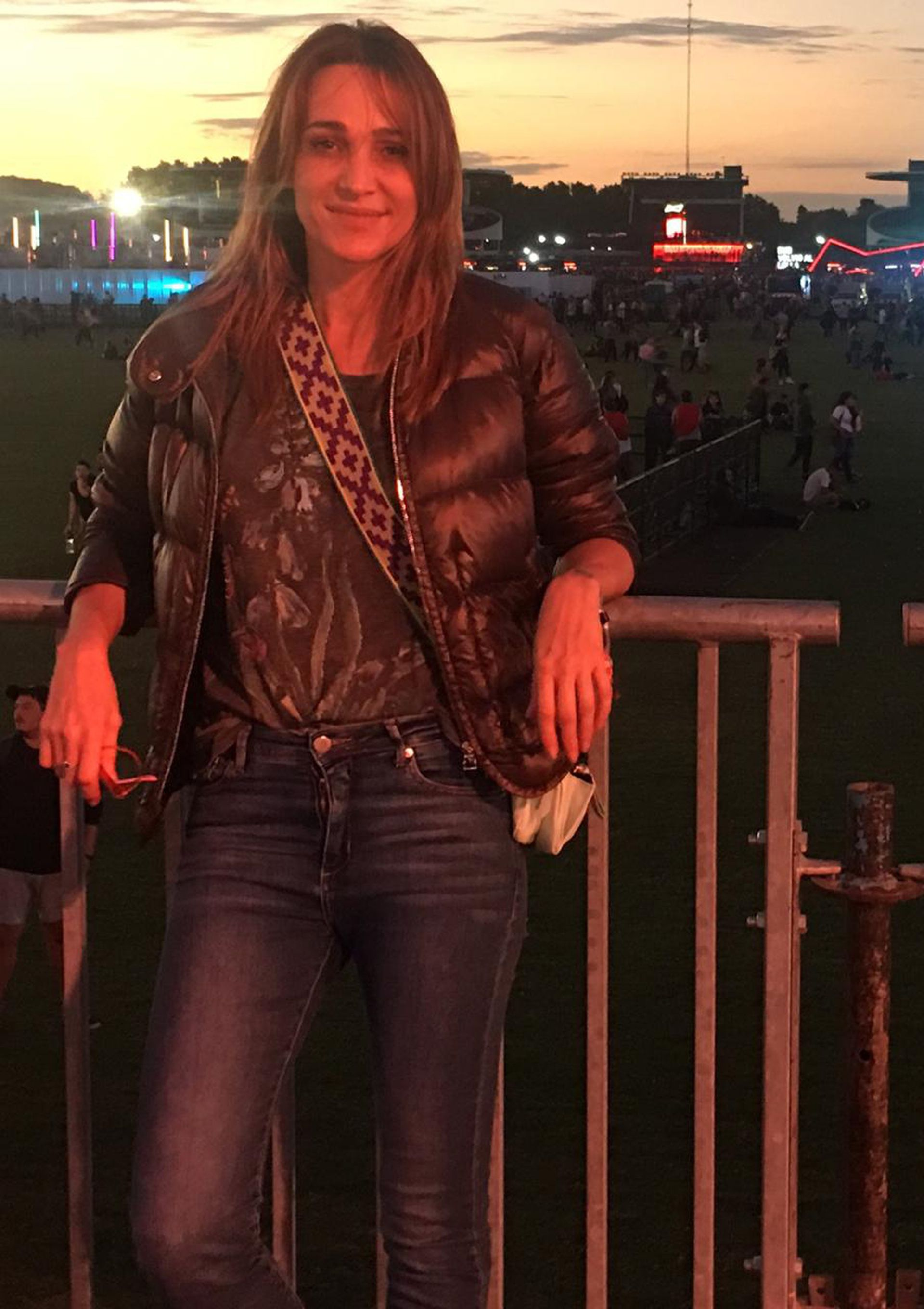 Vero Lozano dijo presente en la primera jornada del festival y no fue sola, estuvo acompañada por su hija Antonia