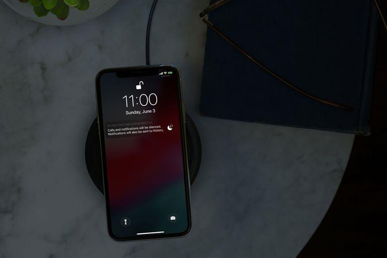 """El nuevo modo """"No molestar"""" de iOS 12 oculta las notificaciones por la noche para evitar """"tentar"""" al usuario"""