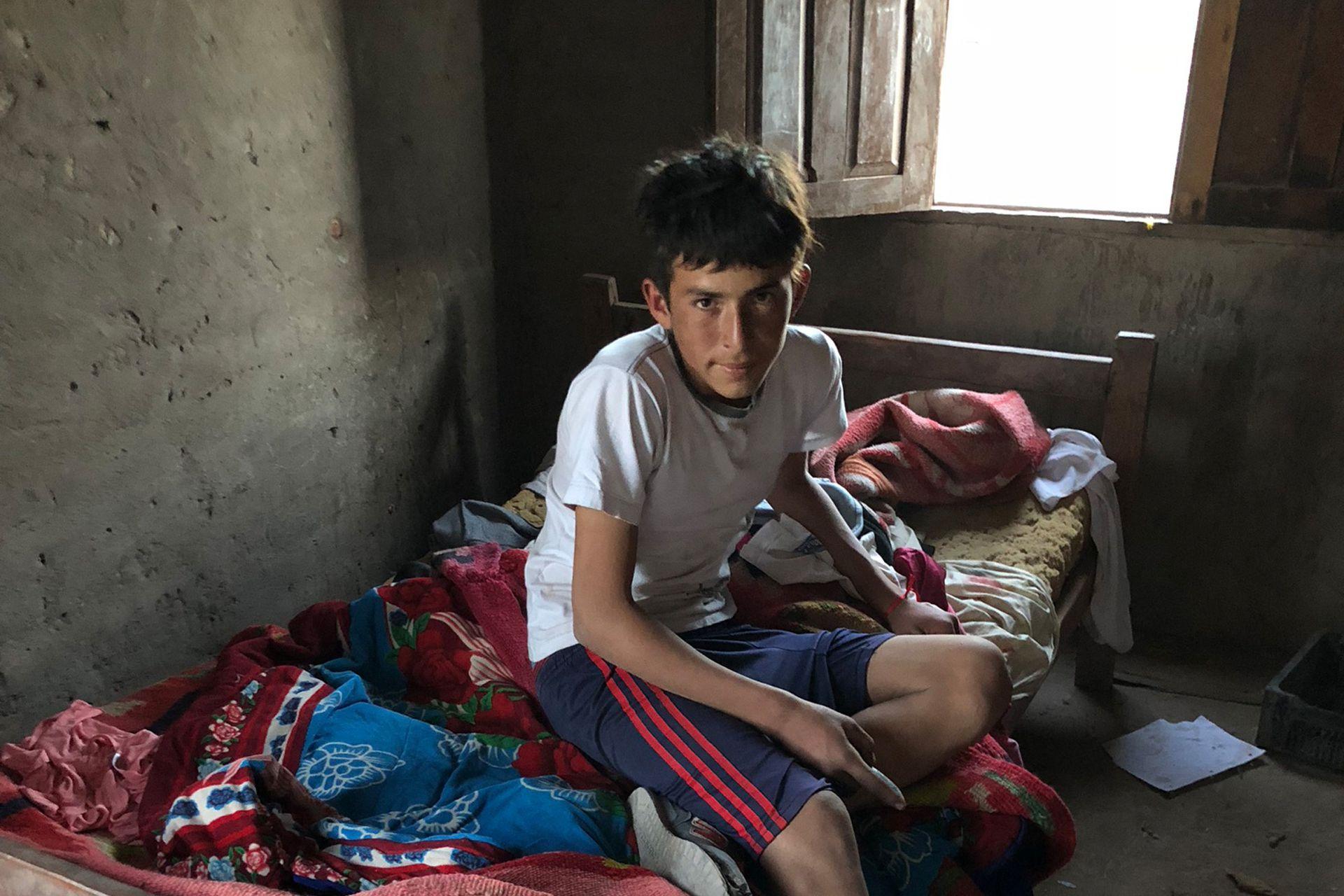 Nilo Romero tiene 14 años y todos los días dormía, espalda con espalda, con uno de sus hermanos en una cama de una plaza. Gracias a las donaciones de la audiencia, logró cumplir su sueño de tener una cama para él solo.