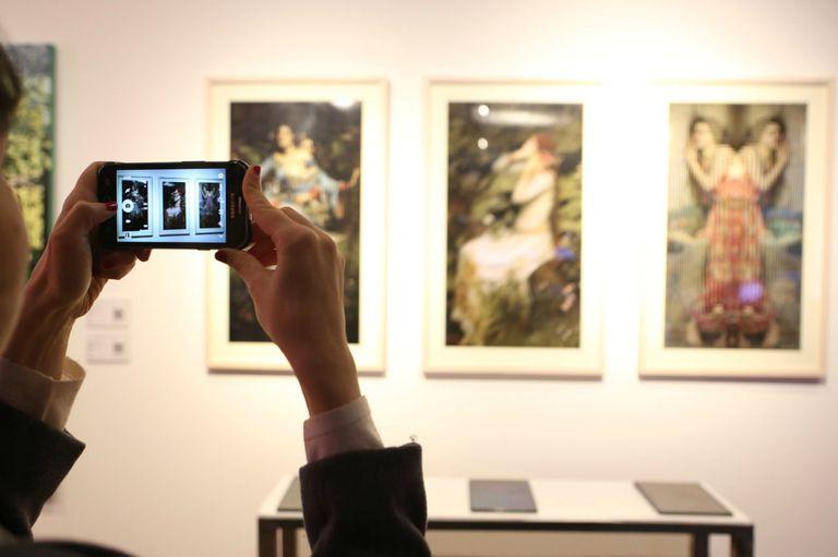 Collage digitales de la artista visual Gisela Faure expuestas en la tercera edición de Diderot Art.Tech, evento organizado con el apoyo de Samsung