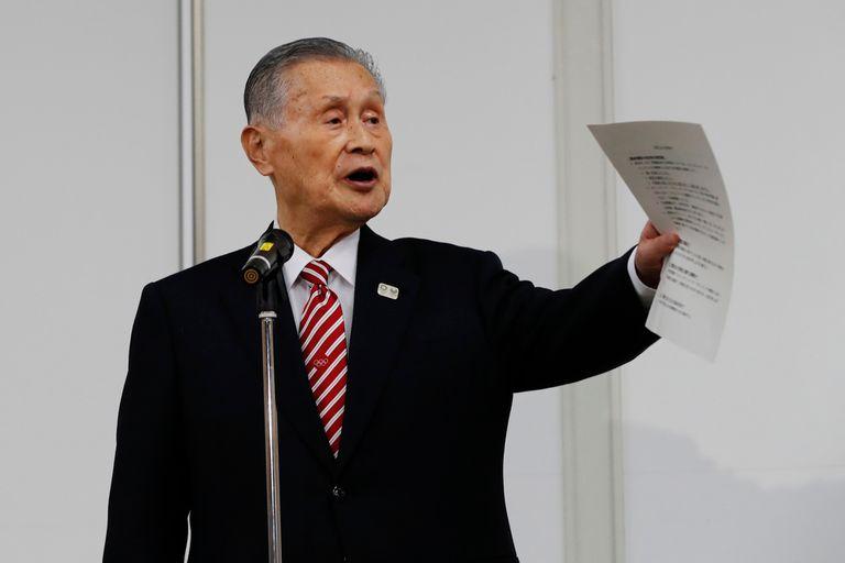 """Escándalo. Tokio 2020: dijo que las mujeres """"hablaban mucho"""" y debió renunciar"""
