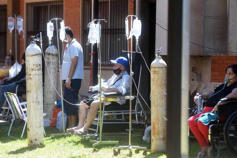 El colapso sanitario agobia a Paraguay: faltan insumos y le pidió oxígeno a Brasil