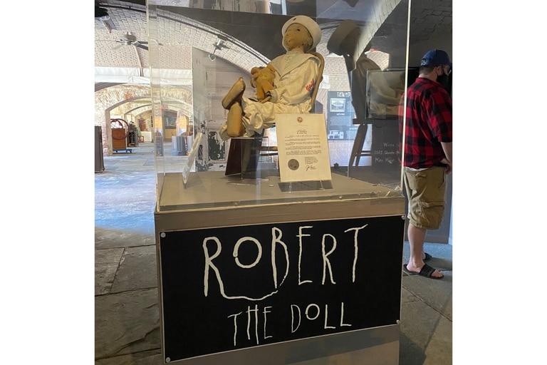 Robert está exhibido en el East Martello Museum