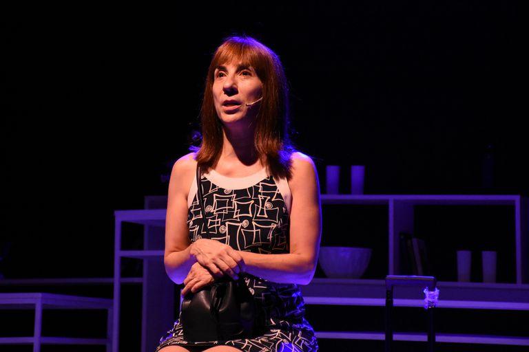 Laura Oliva en una escena de Te quiero, sos perfecto, cambiá