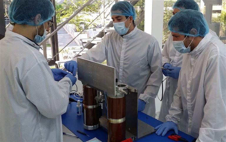 El diseño de los microsatélites argentinos se hace en un departamento de Palermo
