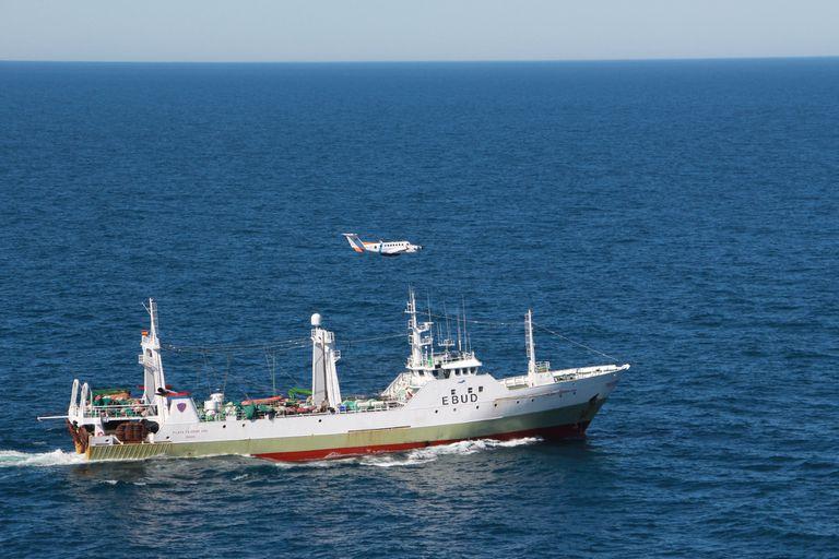 Video: así fue la persecución de Prefectura al buque español en aguas argentinas