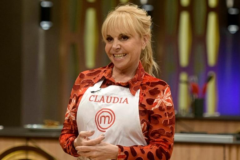 Claudia emocionó a todos contando una historia de su niñez.