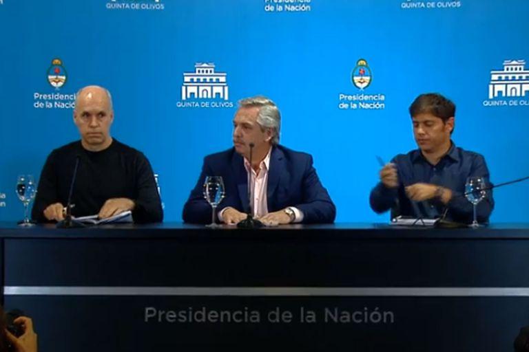 """A pesar del Coronavirus el presidente aclaró que las escuelas seguirán abiertas y que quedan exceptuados de la restricción fronteriza los """"argentinos nativos o residentes en Argentina""""; será solo para los ingresos, y no para los egresos del país"""