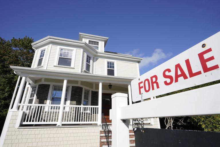 ¿Otra burbuja? Por qué los precios de las viviendas se disparan en todo el mundo